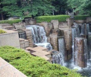 【大崎・品川駅】歴代将軍が愛した御殿山の庭園と公園、品川神社へご案内!