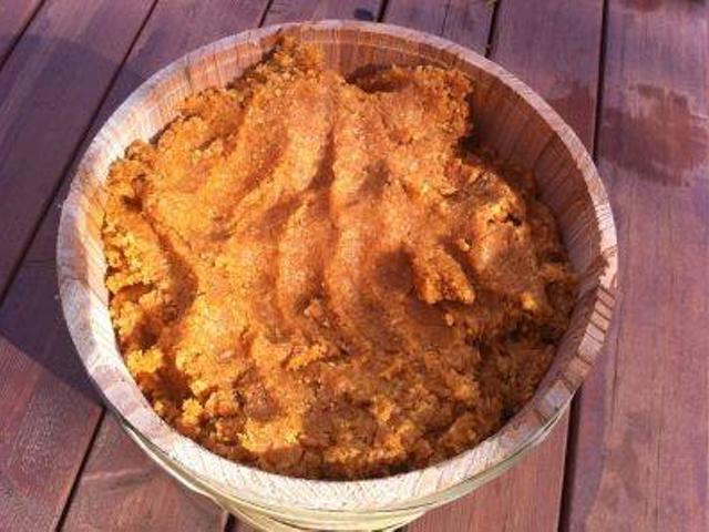 発芽玄米味噌づくり