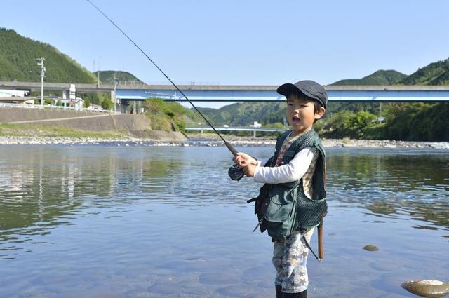 京都 渓流 釣り 京都で釣りができるスポット4選!初心者も楽しめる釣り堀も紹介